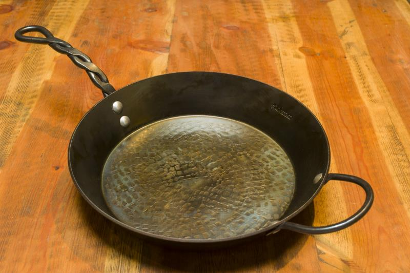"12"" Frying Pan,  2.5"" Deep, 1 Loop & 1 Braided Handle"